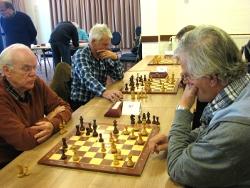 Paul Willemen en Bert Wels laten hier zien, wat onverzettelijk schaken is.