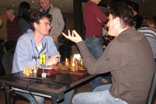 Loek en Piet: twee schakers aan het eerste bord