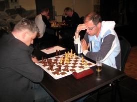 In de finale versloeg Stan Heijmans (rechts) zijn medekandidaat Mike Kroon .