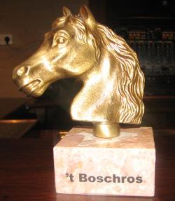 't Boschros, het gouden  schaakpaard, dat De Kentering veroverde op HMC