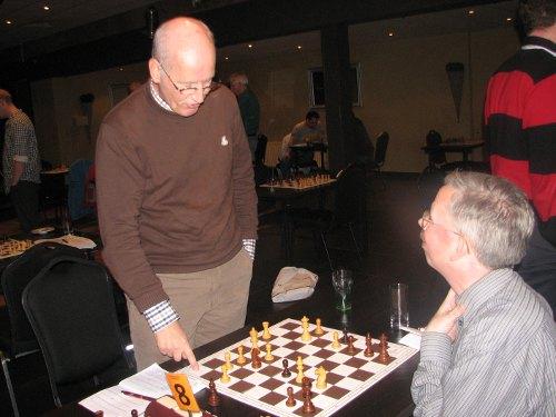 Hans van Eijk was de enige die zich winnend staande kon houden in het geweld van 'Eindhoven 3'.