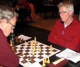 Hans Kranenbarg (rechts) legde met een ijzersterk centrum de basis voor zijn victorie.